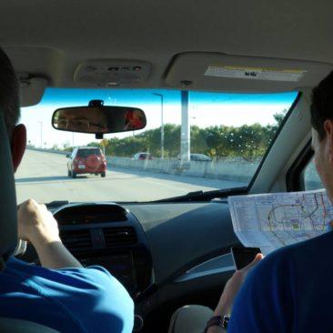 Navigation per Karte im Auto