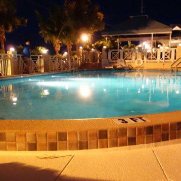 Der Pool vom Zeltplatz