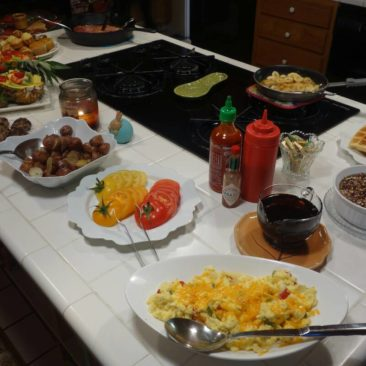 Frühstück im Mountain Harbor Inn Hostel