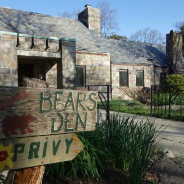 Das nette Bears Den Hostel