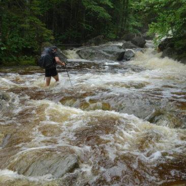LoJack beim Überqueren des Cascade Brook -  nichts für uns
