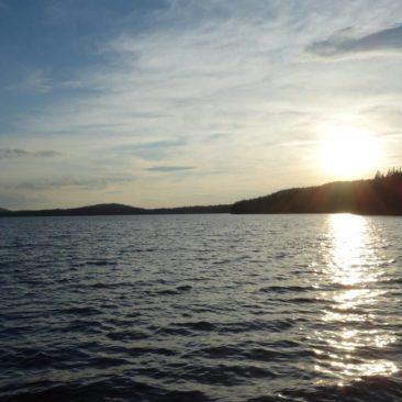 Sonnenuntergang an einem der vielen Seen in Maine