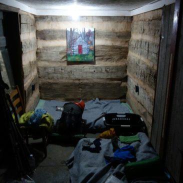 Unser behelfsmäßiger Schlafsaal im Woodshole Hostel