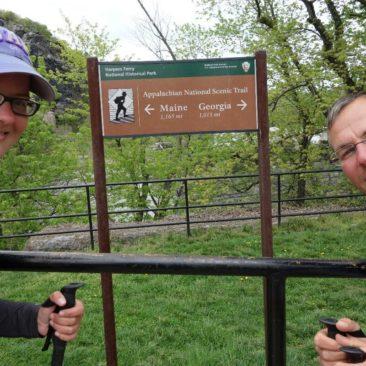 """In Harpers Ferry ist """"leider"""" nur die psychologische Hälfte. Bis zur """"wirklichen"""" Halbzeit sind es noch ca. 75 Meilen."""