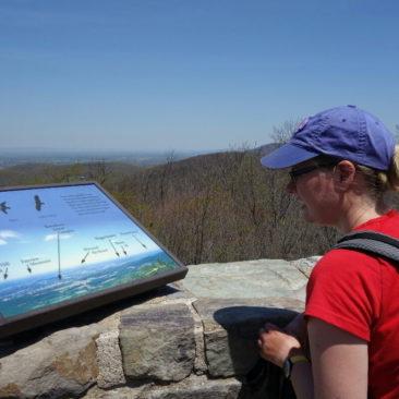 Informative Hinweistafeln gibt es an einigen Stellen entlang des Appalachian Trails.
