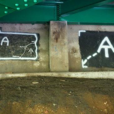 Graffiti an einer Straßenbrücke in Port Clinton