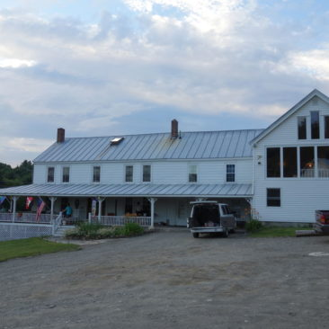 Das Sterling Inn in Caratunk