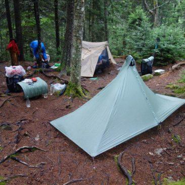Zelten ist in Maine aufgrund der vielen Wurzeln nicht immer einfach