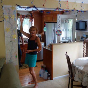 Mary Ellen richtet eine kleine Party für uns aus