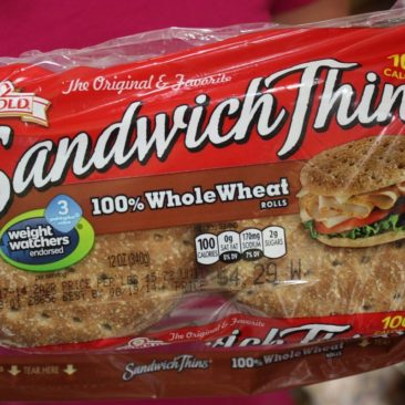 Sandwich-Thins sind nicht billig, halten aber lange und lassen sich recht gut verpacken. Die Tüte ist leer eine klasse Mülltüte, da wiederverschließbar.