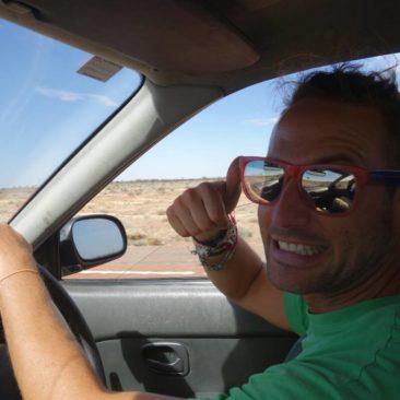 Patrick, mein kleiner Italiener, freut sich sehr, auch mal wieder Auto fahren zu dürfen