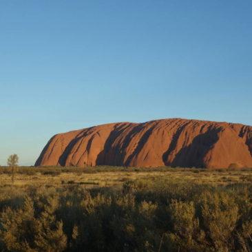 Uluru bei Sonnenuntergang - mehr Touri geht in Australien vermutlich nicht