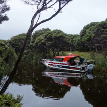 Wassertaxi an der Freshwater Hut