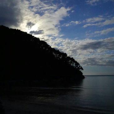 Der Mond geht auf über Mosquito Bay