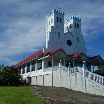 Eine der unzähligen Kirchen auf Samoa