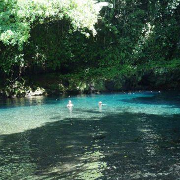 Baden im erfrischenden Pool des Afu Aau Wasserfalls