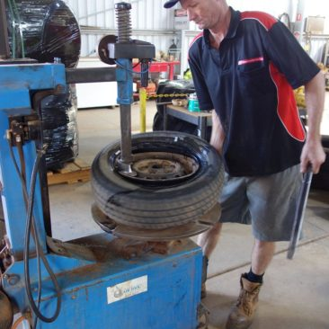 Flinke und kompetente Reifenreparatur in Tennant Creek