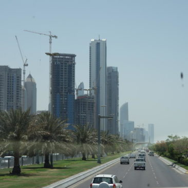 In Abu Dhabi wird an vielen Ecken rege gebaut
