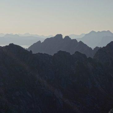 Die Bergwelt der Lofoten